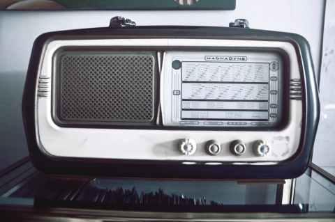 music old radio speaker